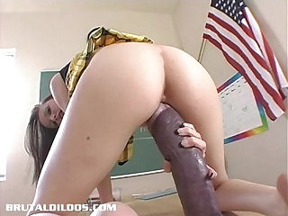 Hailey Young stretches her pussy fucked with a monster dildo