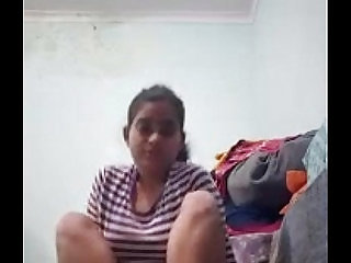 Indian school girl sonia mishra showing off her pussy making video leaked