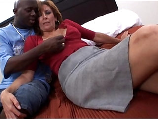 Amateur mature milf taking a big black hard long cock Interracial Video