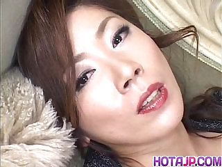 Japanese Model has vibrator on clitoris