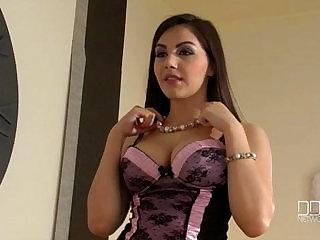 Beautiful Italian girl gina Valentina Nappi gets penetrated by two thieves