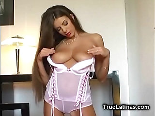 Latina Beauty Striptease and Fingering