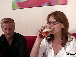 He brings her home to bang her mature pussy
