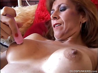 Gorgeous redhead is feeling horny