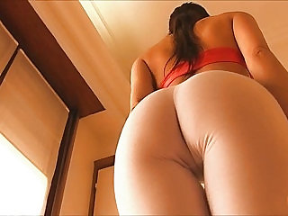 Big Cameltoe Amateur Brunette Wearling Tight White Yoga Pants
