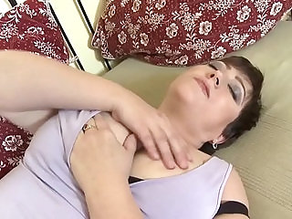 mom with very thirsty vagina more video on sexvideo.wtf