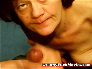 Amateur slut does POV