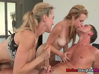 Moms And StepDaughter Fuck Teen Boy During Threesome