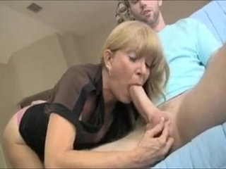 Hot Milf helping out Sons Friend LIVE On sexvideo.wtf